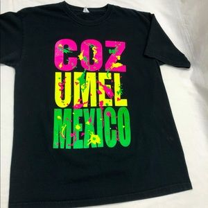 Black Distressed 90s Tee T-shirt Mexico Neon